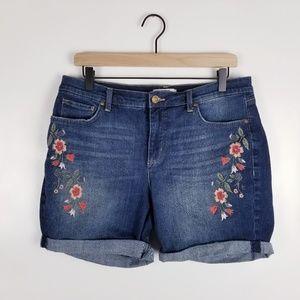 Vintage America Size 10 Floral Bestie Jean Shorts